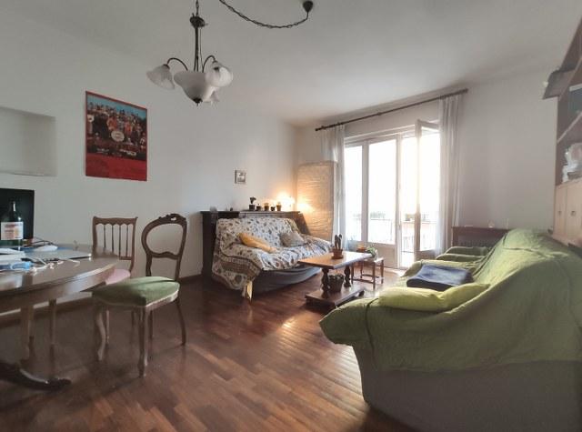 Grande appartamento in via Matteotti