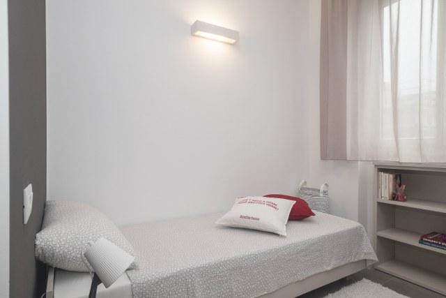 Camera doppia uso singola in appartamento moderno